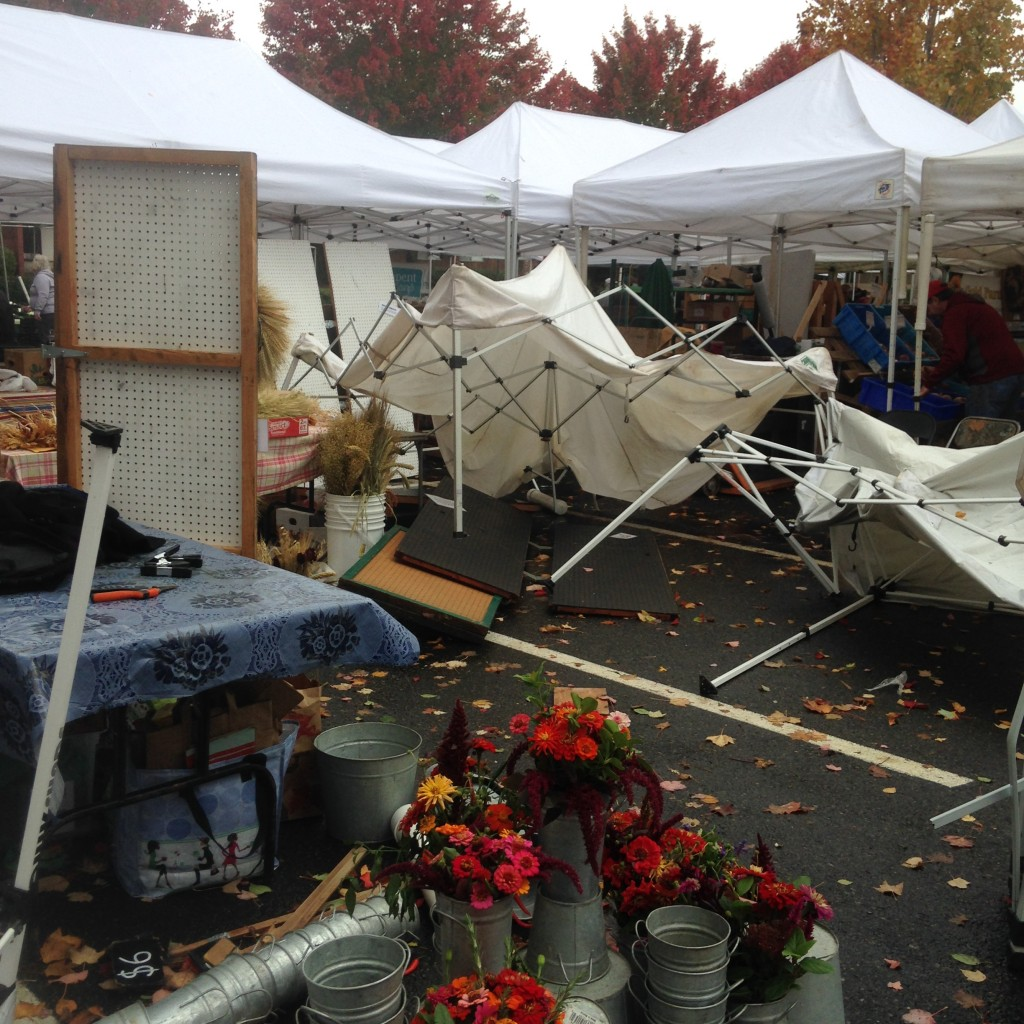 Beaverton Market Stand after 60 mph gust smashes up the tents